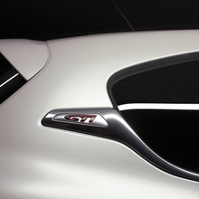 Peugeot-208-GTI-09