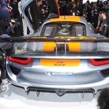 Porsche-918-RSR-Coupe-Concept-15