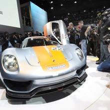 Porsche-918-RSR-Coupe-Concept-17