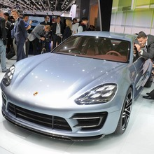 Porsche-Panamera-Sport-Turismo-01
