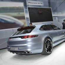 Porsche-Panamera-Sport-Turismo-11