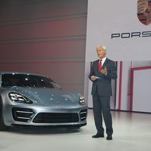 Porsche-Panamera-Sport-Turismo-17