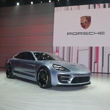 Porsche-Panamera-Sport-Turismo-18