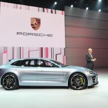 Porsche-Panamera-Sport-Turismo-26