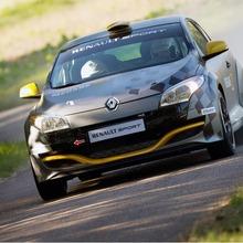 Renault-Megane-RS-N4-02