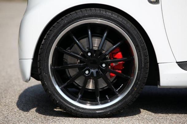 Smart-ForTwo-Romeo-Ferraris-04