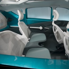 Toyota-Prius-C-Concept-21