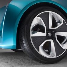 Toyota-Prius-C-Concept-24