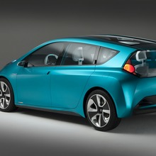 Toyota-Prius-C-Concept-30