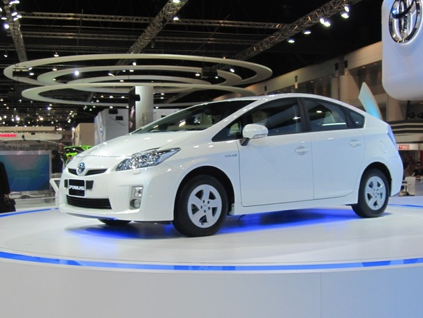 Toyota-Prius-Live-01