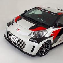 Toyota-iQ-GRMN-Racing-01